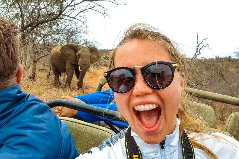 HELEN ADAMSON JAGAB NIPPE: vaata, kuidas teha lahedamaid selfie'sid!