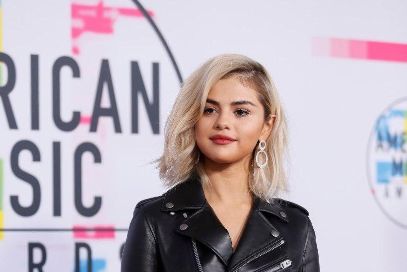 Selena Gomez ilmus muusikapeole blondina!