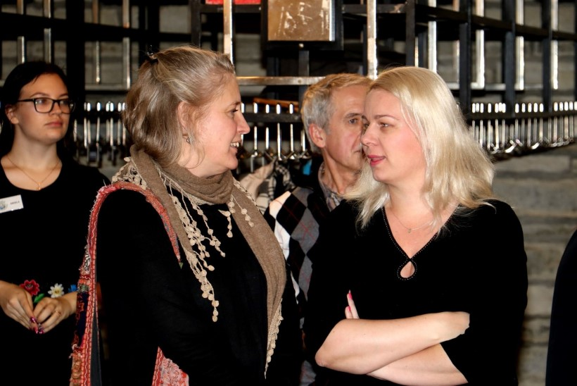 PILDID   Ly Menovi fotonäitus Paide kultuurikeskuses mälestab varalahkunud andekat fotograafi