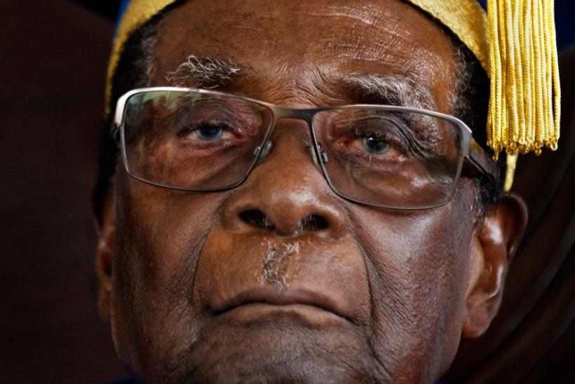 Emmerson Mnangagwa: Mugabe peab lahkuma kohe