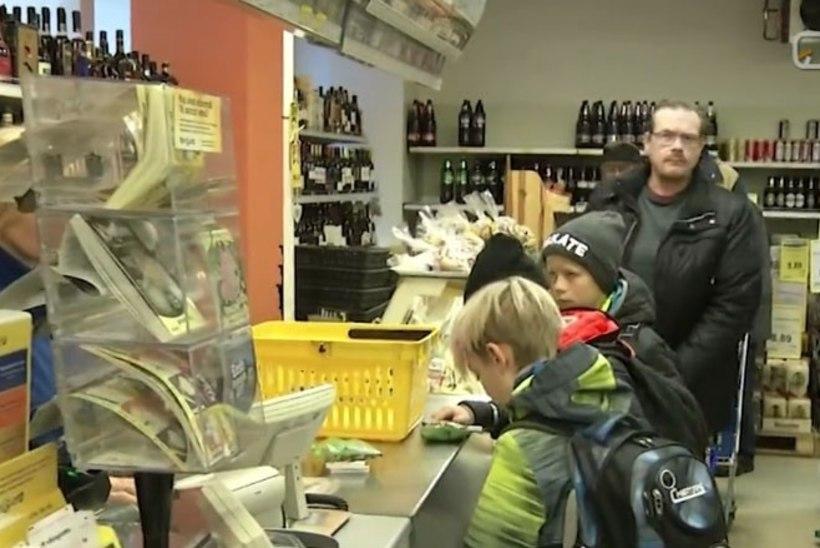 VIDEO | Maapoed sulgemise vastu: 31 000 inimest taotleb alkoholiaktsiisi peatamist