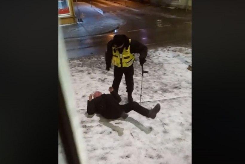 VIDEO | JÕULISELT JA JÕHKRALT: korravalvur lohistas karguga mehe trammist välja ja viskas teele