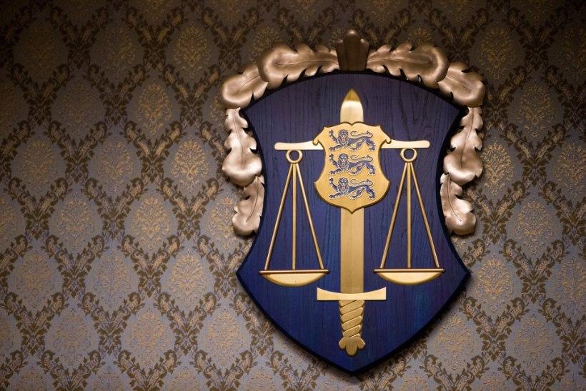 Riigikogu tahab prokuröridel tiibu kärpida