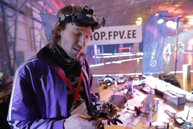 GALERII JA VIDEO | Droonide võiduajamisel läbivad takistusrada lennumasinad, mille tippkiirus on 170km/h
