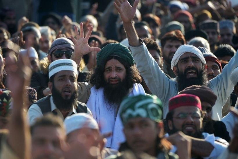 Meeleavaldajad Pakistanis: ametivandes peab prohvet Muhamedile korrektselt viitama!