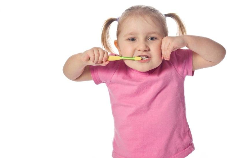 Hambaarst annab nõu: kuidas validahambapastat?