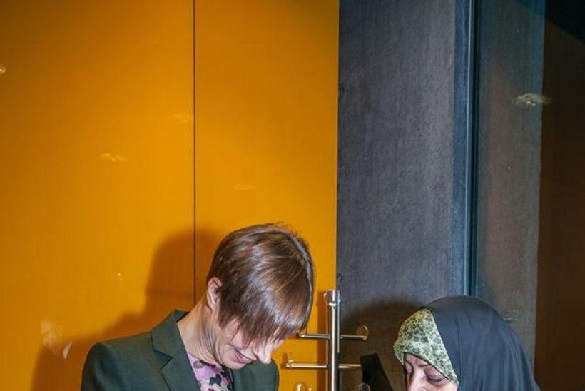 Mis asju ajavad president Kaljulaid ja kaks riigikogulast Islandil?