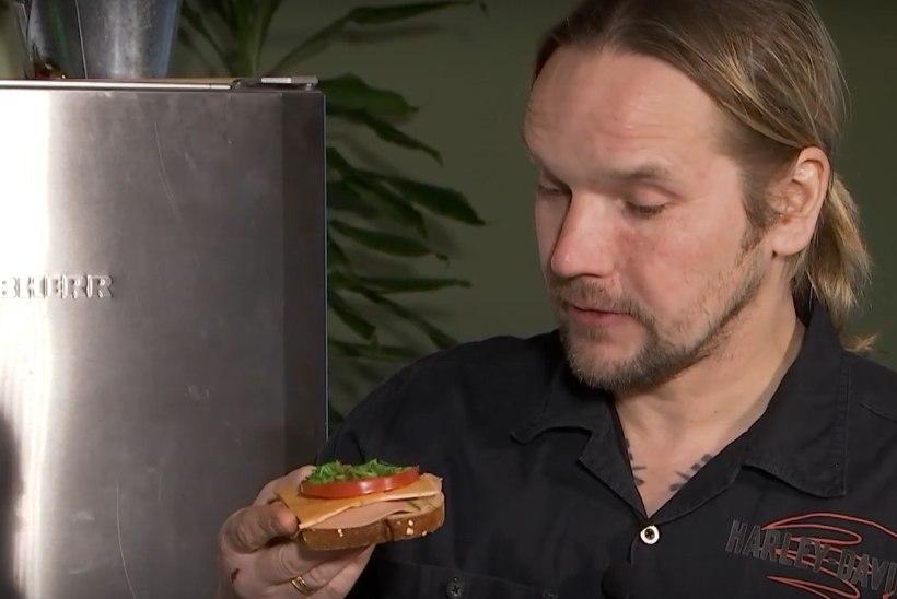 VIDEO | Vaata, kuidas Jaagup Kreem proovib esimest korda veganivõileibu!