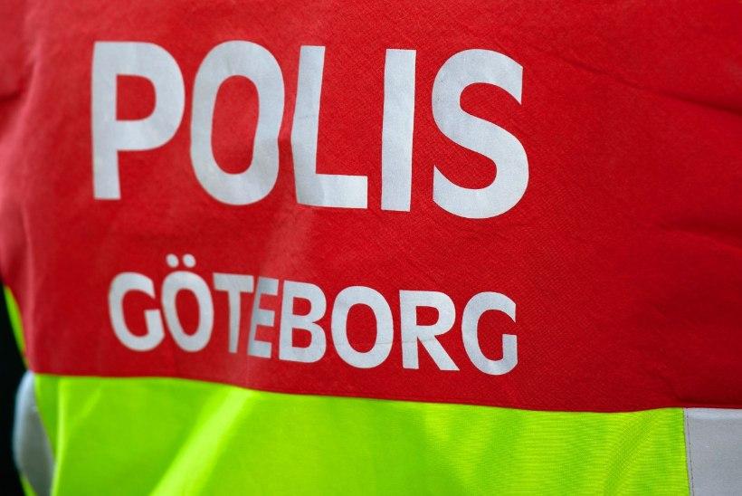 Rootsis leiti natsisümboleid ja lõhkeainet