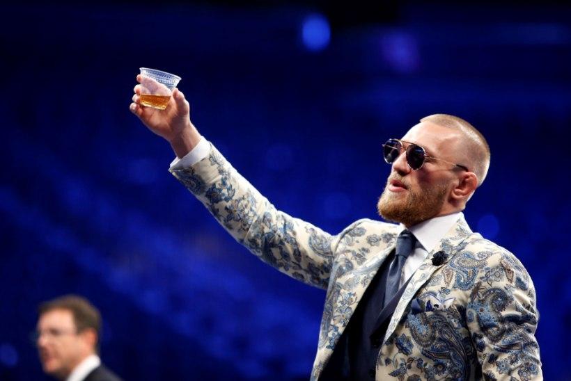 """KEHASTU MCGREGORIKS! EA kuulutas välja kaklusmängu """"UFC 3"""""""