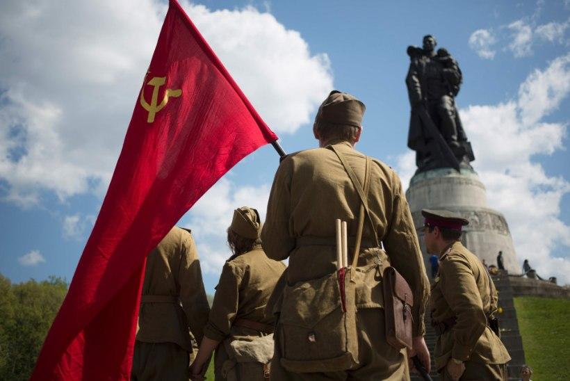 FOTO   TÄIELIK ŠOKK! Leedu suursaadikut jahmatas Berliinis punasümboolika ja Vene infosõda