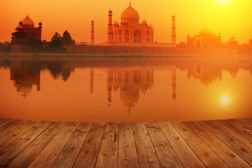 INDIAS palverännakul, armastuse ja ahastusega