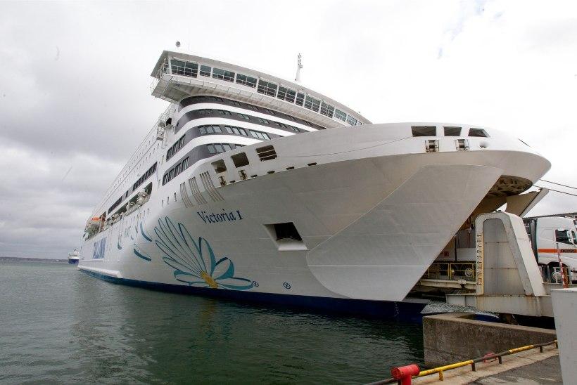Tallinkil töötanud esinejatele ollakse ligi 200 000 võlgu