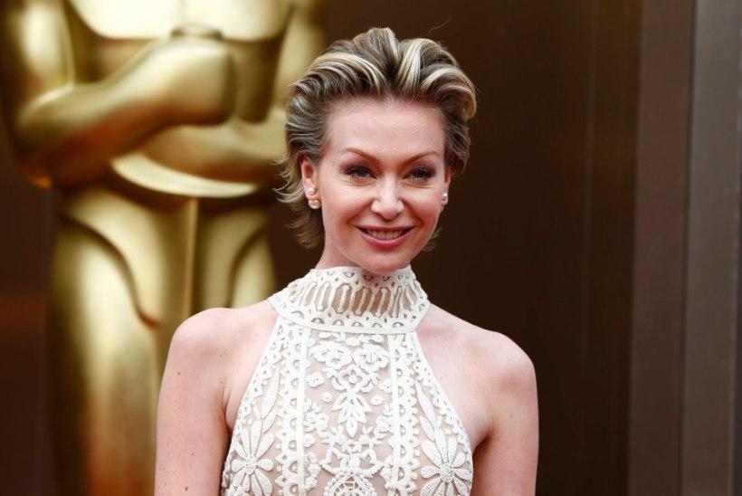 Portia de Rossi: Steven Seagal tõmbas mu ees püksiluku lahti!