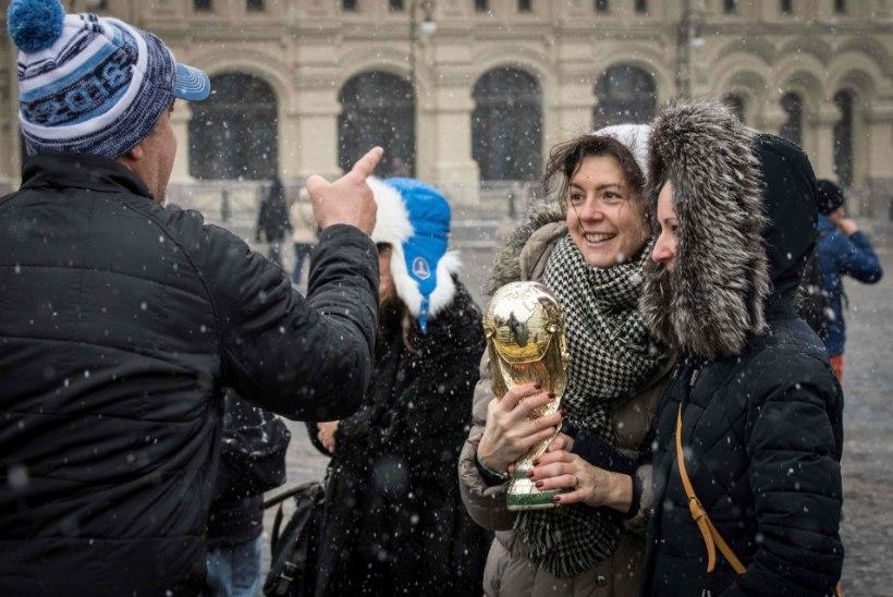 GALERII   Kas Putin leiab aega, et Kremlis jalgpallimaailma suurkujusid tervitada?