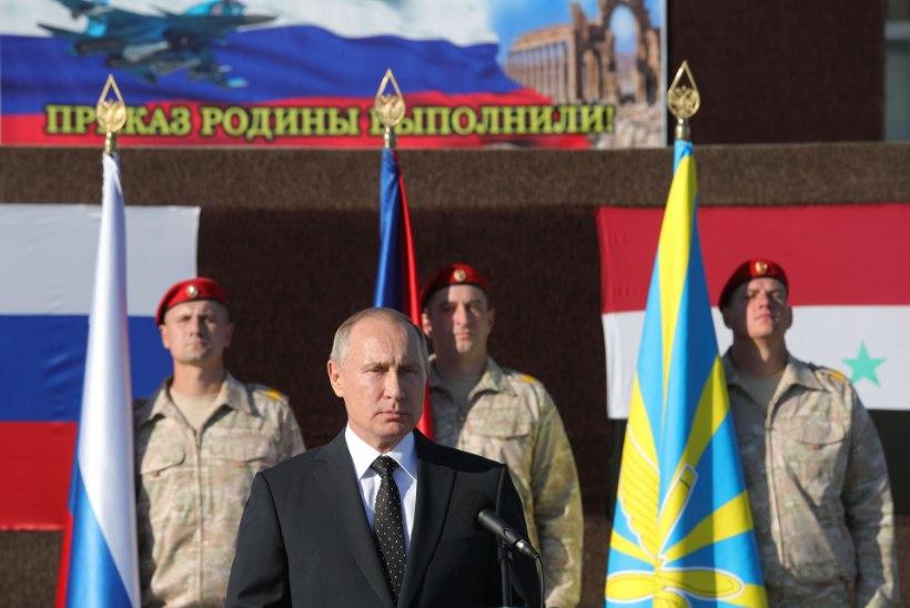 Venemaa president Vladimir Putin tegi üllatusvisiidi Süüriasse