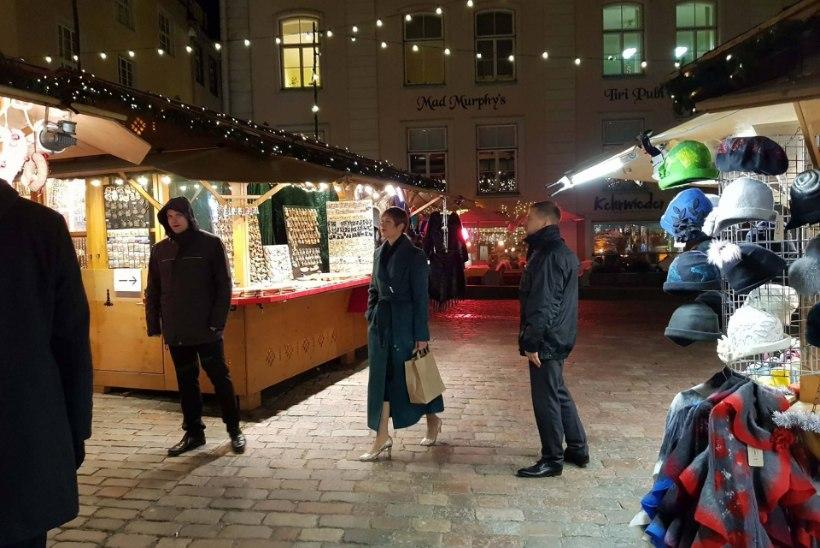 FOTOD | President külastas jõuluturgu