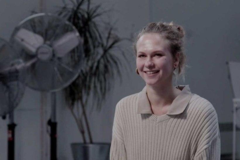 VIDEO | Teatrivõhikust neiu vaatab aasta jooksul ära kõik uued etendused