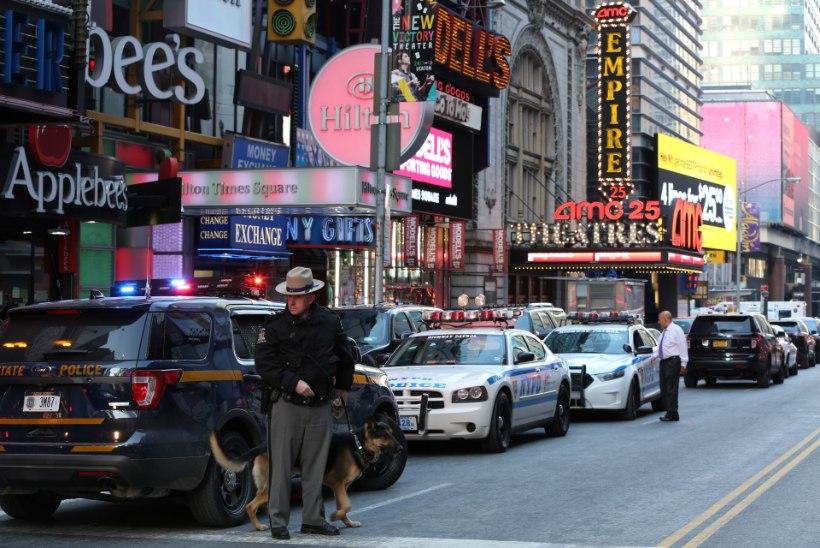 Manhattani metroopeatuse ründajat vihastasid jõulureklaamid