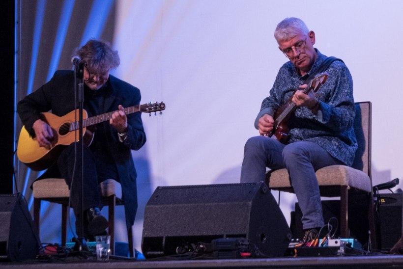 Kaunitel kirikukontsertidel kõlavad ühel laval kokku kaheksa kitarri