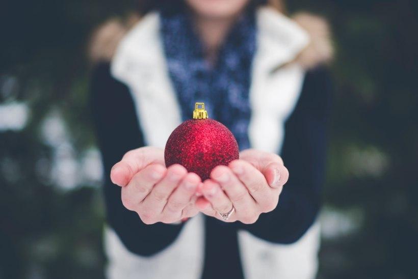 Jõulukink lasteaiaõpetajale – kas kohustuslik meelespidamine või südamest tulev tänu?
