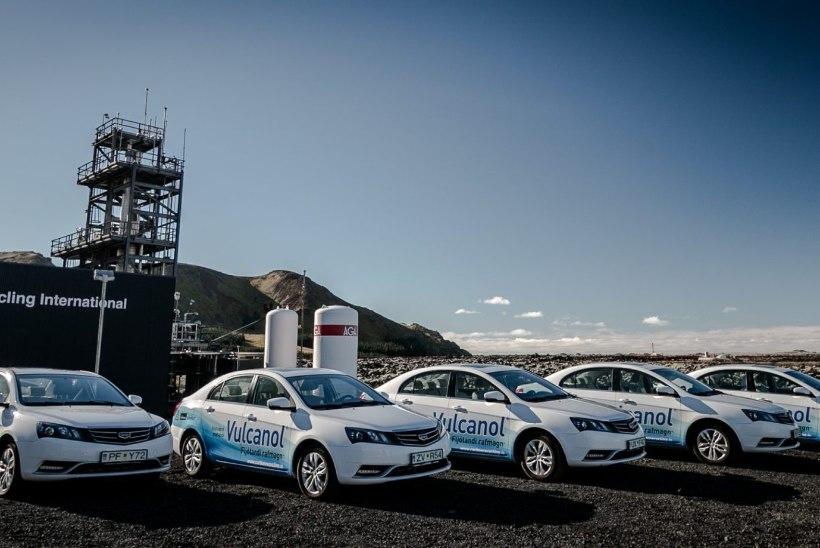 Veel üks alternatiiv: Geely katsetas Islandil edukalt metanoolkütusega sõiduautosid