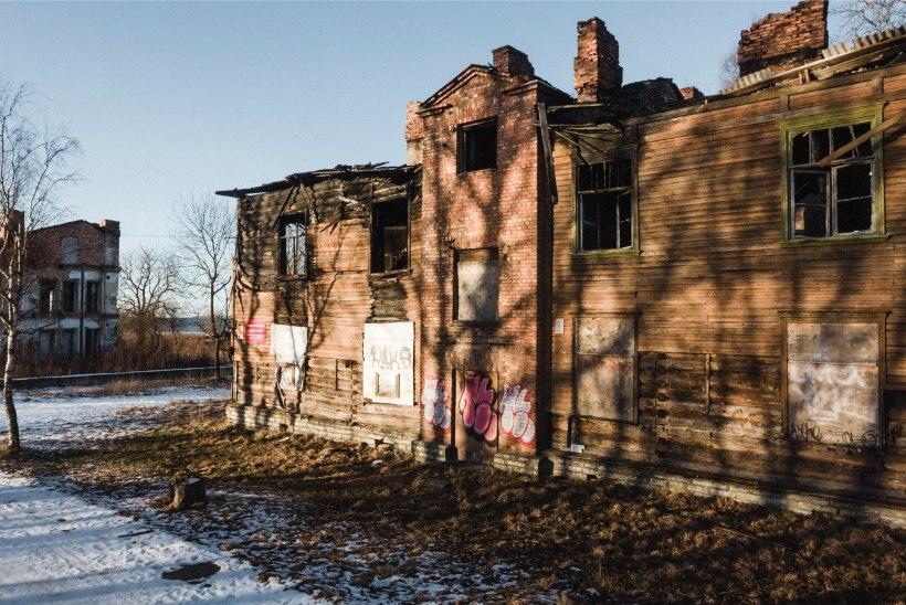 FOTOD | Kopli liinidel haigutab tühjus: arendaja puuduvat ehitustegevust ei põhjenda