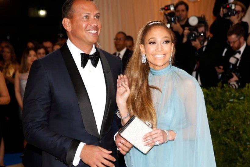 Jennifer Lopez loodab taas kihlasõrmust sõrme saada