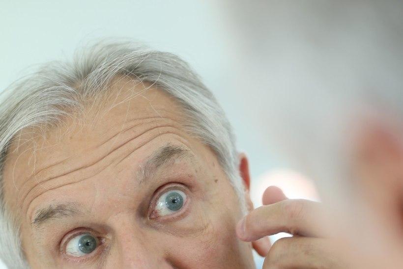 Klaaskehahõljum silmades: millal peab muretsema, kui silme ees hõljuvad kriipsud või täpid?