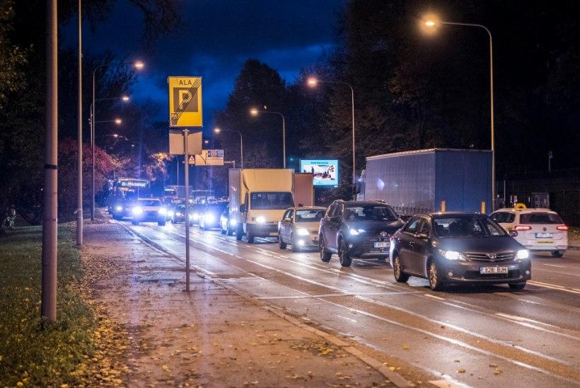 Liiklusest tabati neli joobes juhti, toimus 5 õnnetust