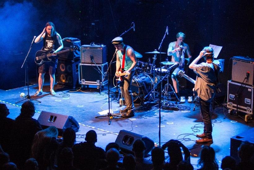 GALERII | Pungilegendi Vennaskonna unustamatu kontsert juhatas pühadeaja sisse