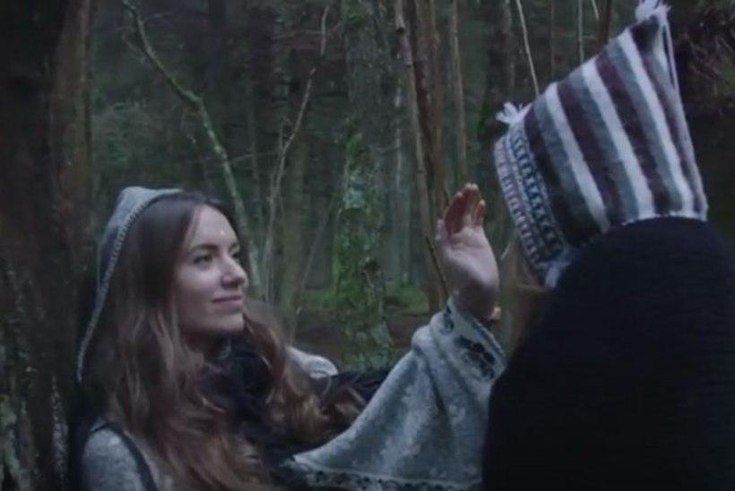 "VIDEO   Mõnus kõrvapai - Angeelia lummav ""Gift"""