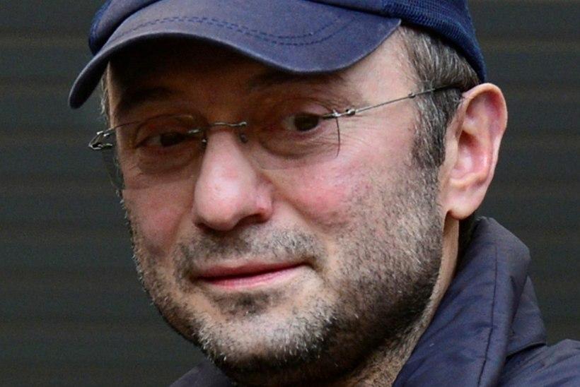 Venemaa senaator tassis kohvrite kaupa sularaha Prantsusmaale