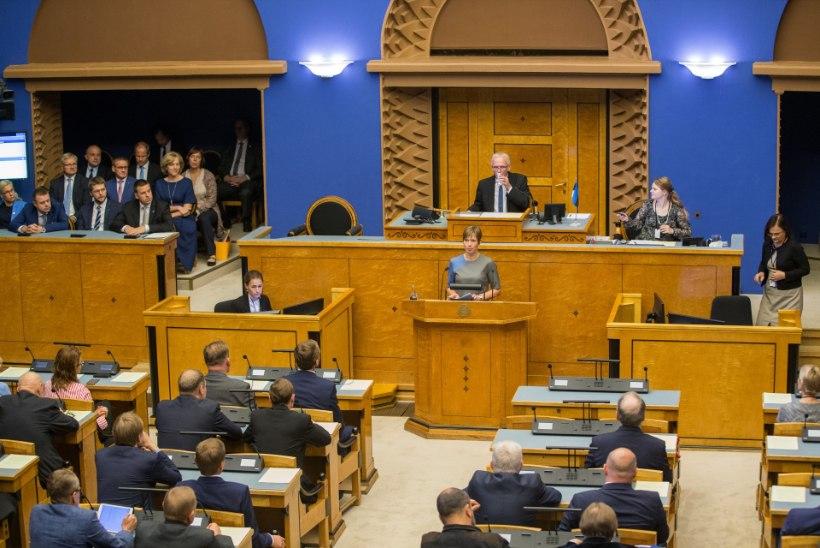 Uus seadus tõstab järgmise riigikogu, ministrite ja presidendi palka