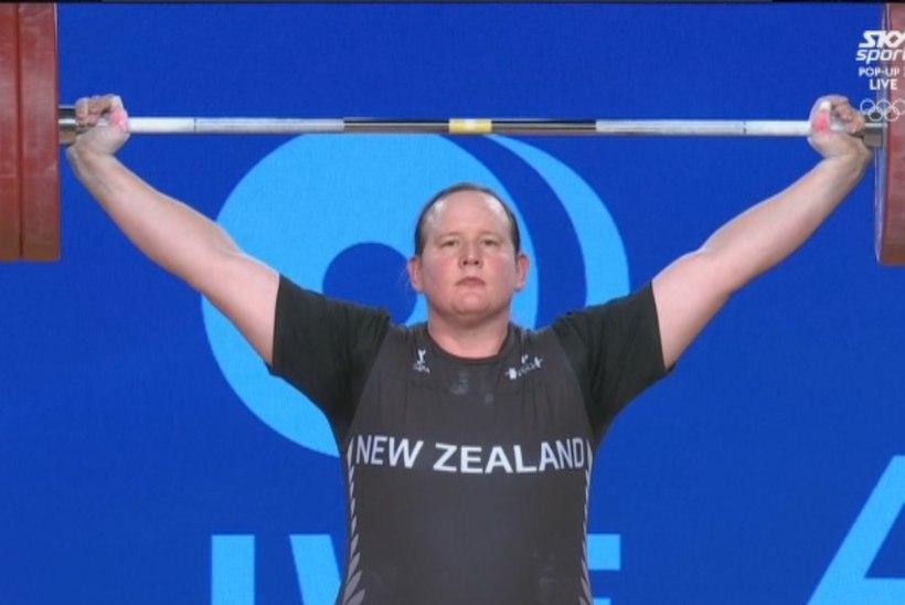 SKANDAAL! Sugu vahetanud mees sai naiste konkurentsis tõstmise MMil hõbemedali