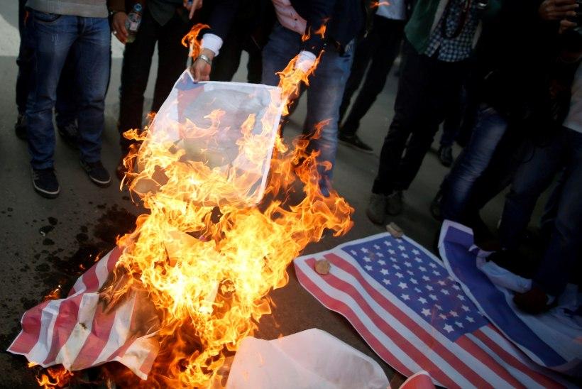 PALESTIINLASED: Trump avas põrguväravad