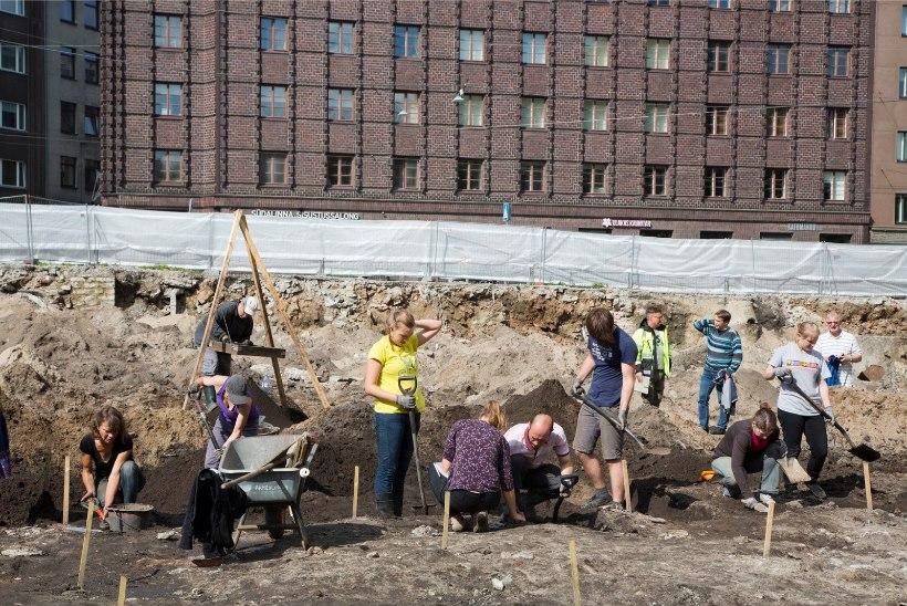 Arheoloogid tutvustavad Tartus põnevaid leide