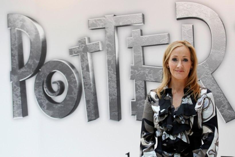 """""""Potteri"""" autor J. K. Rowling astus Johnny Deppi kaitseks välja"""