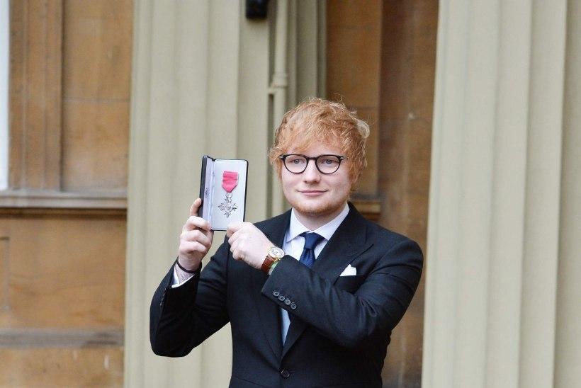 Ed Sheeran pälvis Briti Impeeriumi Ordu ordeni