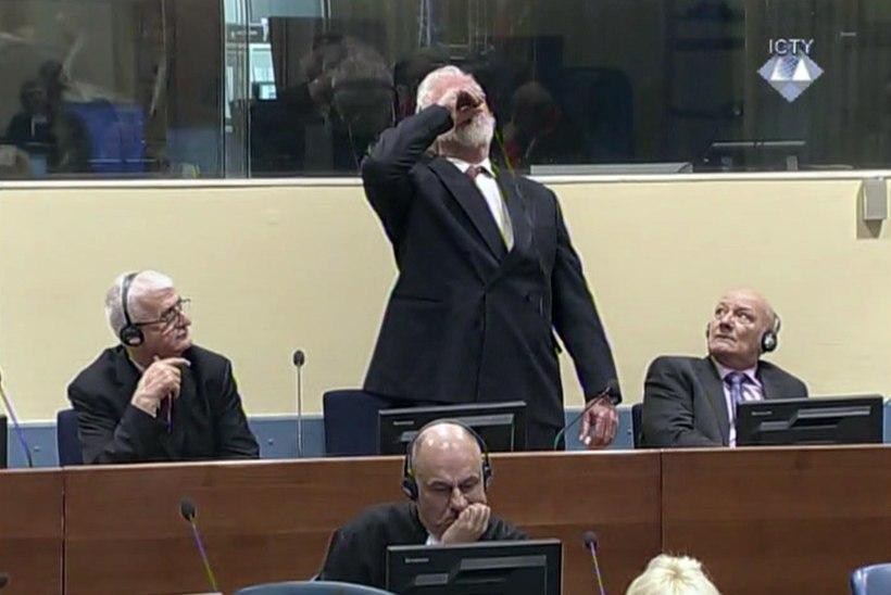 Teatraalne enesetapp kohtusaalis määris Jugoslaavia sõjakohtu maine