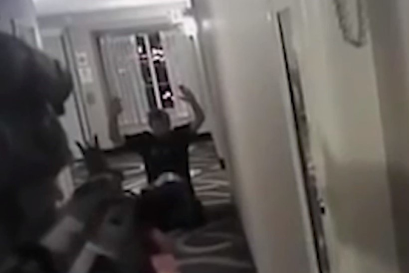 ŠOKEERIV VIDEO | Kuidas USA politsei laseb kinnipeetava maha