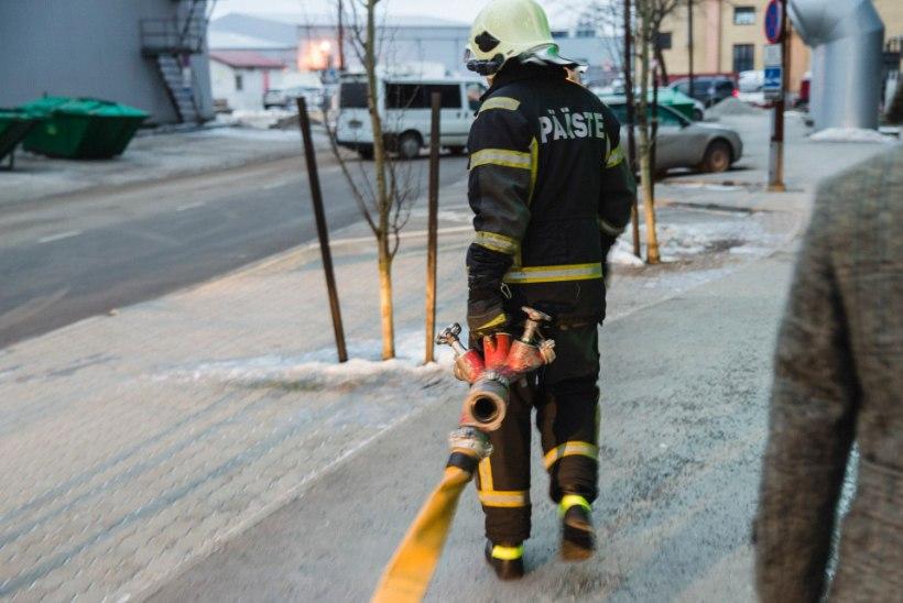 Tartu kemikaalide ümbertöötlemise kogumispunktis oli tulekahju