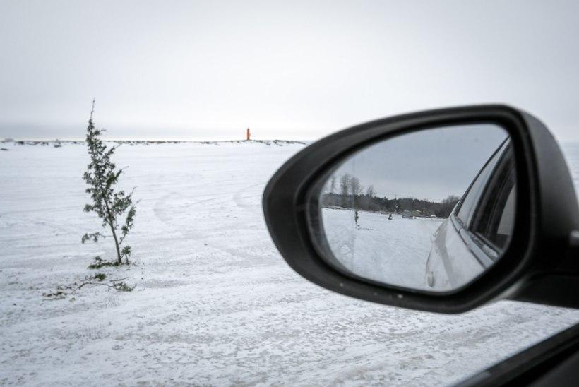 GALERII JA VIDEO | Haapsalu ja Noarootsi vahet saab tänasest sõita jääd mööda