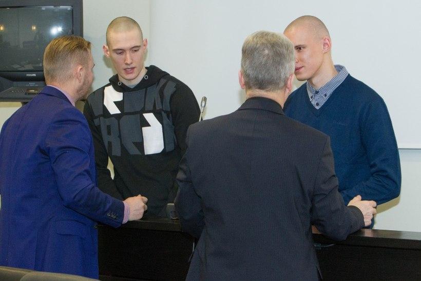 Prokurör nõuab Pärnus taksojuhi tapnud vendadele eluaegset vanglakaristust
