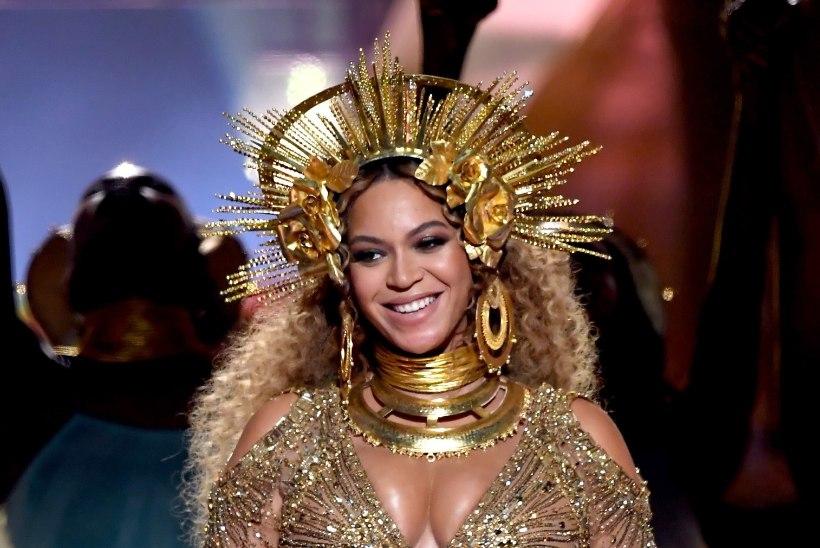 DIIVADE HEITLUS: Adele murdis oma Grammy Beyoncé pärast pooleks?!