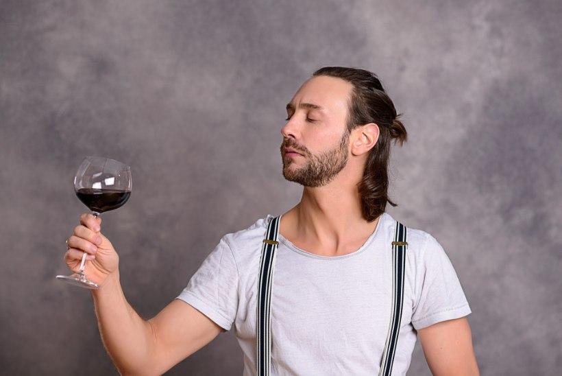 Loe, miks võiksid oma tervisele mõeldes end nädalalõpu puhul punase veiniga premeerida