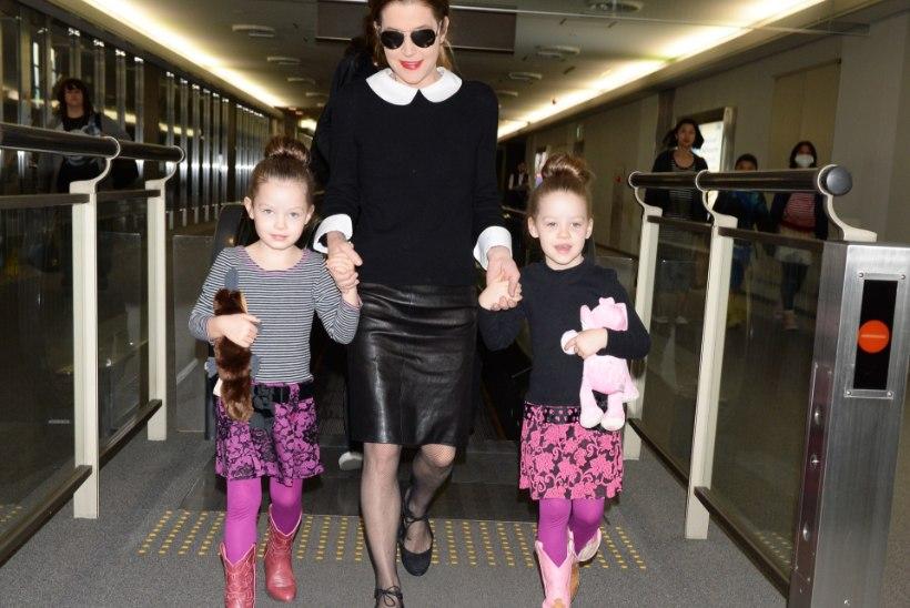 ŠOKK: Lisa Marie Presleylt võeti kaksiktütred ära, sest eksmehe arvuti kubises lapspornost