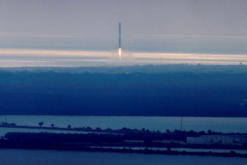 VIDEO | Cape Canaveralil maandus edukalt Falcon 9