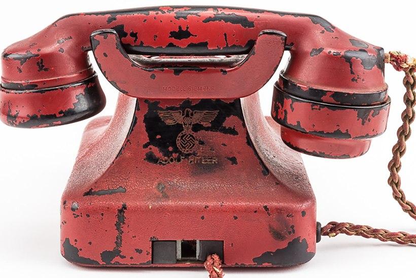 Hitleri telefon müüdi 243 000 dollariga