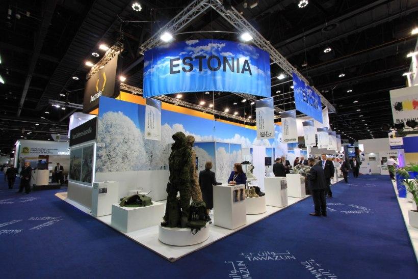 FOTOD   Kaitseminister Tsahkna tutvustab Abu Dhabis Eesti kaitsetööstust